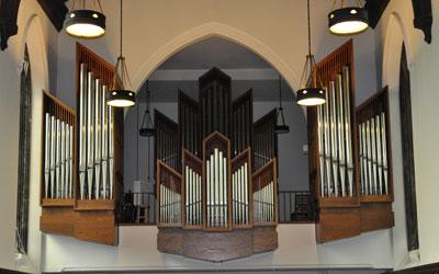 chapel_inside3
